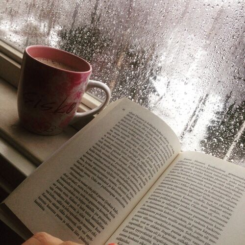49b99390934dd70e4f6e5886363ef1ec--rain-and-coffee-books-and-coffee